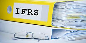 強まる会計基準の国際化の流れ。IFRS15号の導入による影響は?